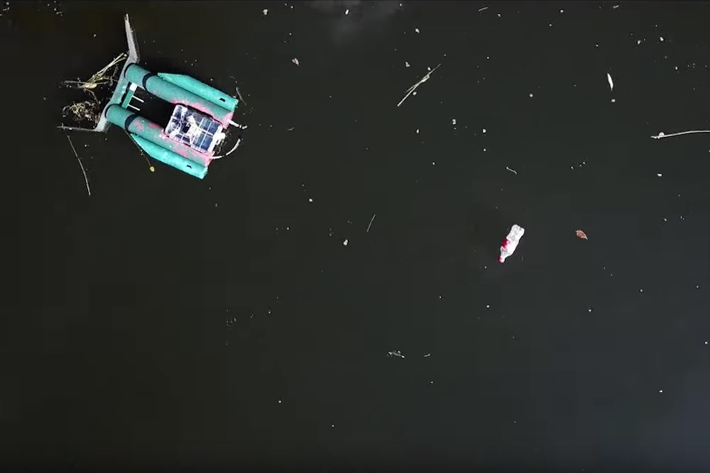 Crowdfunding Participants Control Trash Bots To Clean Up City Rivers