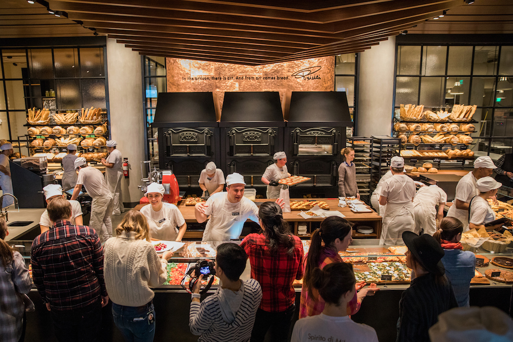 Starbucks Brings In Partners To Provide Connected, Immersive Retail Concept