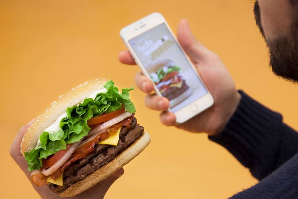 Instagram Stories Let People Customize Their Burger King Whopper