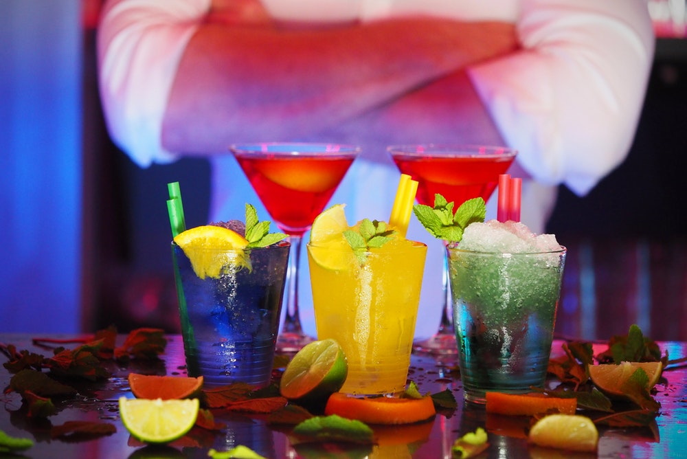 How Multi-Sensory Experiences Enhance The Drinking Game