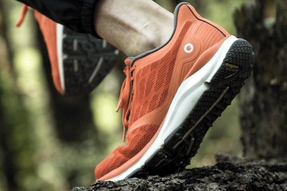 These Shoes Function As Fitness Trackers With Invisible Tech