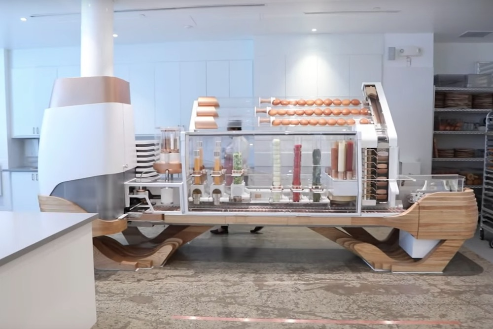 Burger Joint Offers Customers Quality Food At Low Prices Thanks To Patty-Making Robot