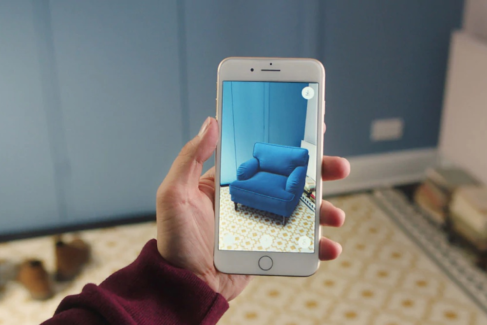 How AR Enables At-Home Trials For Online Shoppers