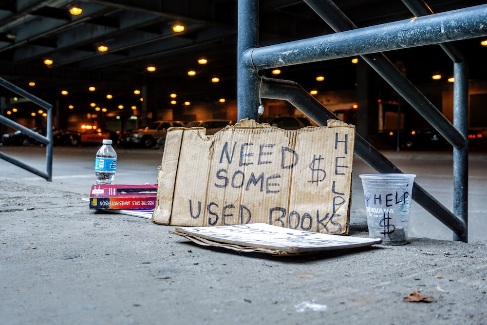 This Homeless Donation Site Targets Consumers By Living On Other Websites