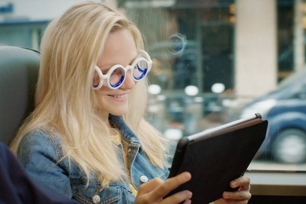 Automaker Designs Glasses That Cure Passenger Motion Sickness