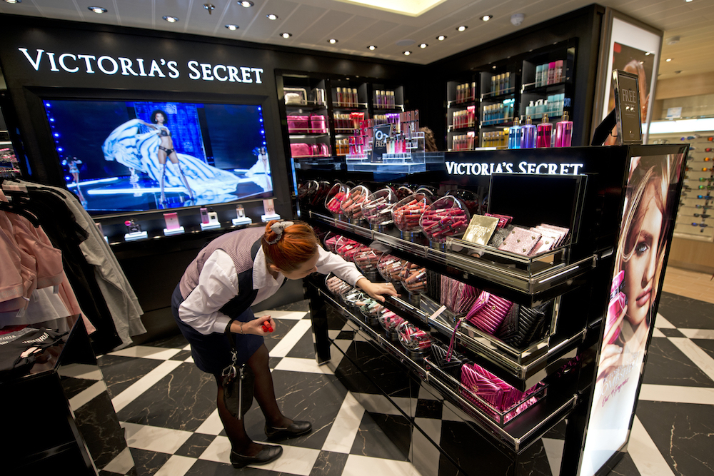 Carnival Offers Guests Immersive Branded Shops And Experiences
