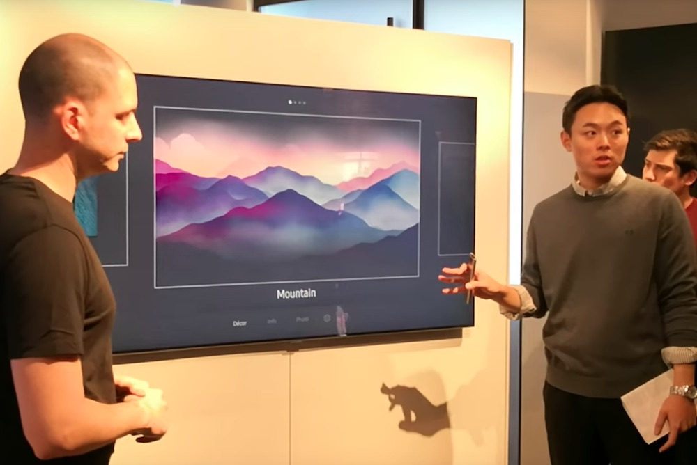Samsung's Ambient Mode Makes Televisions Useful When Turned Off