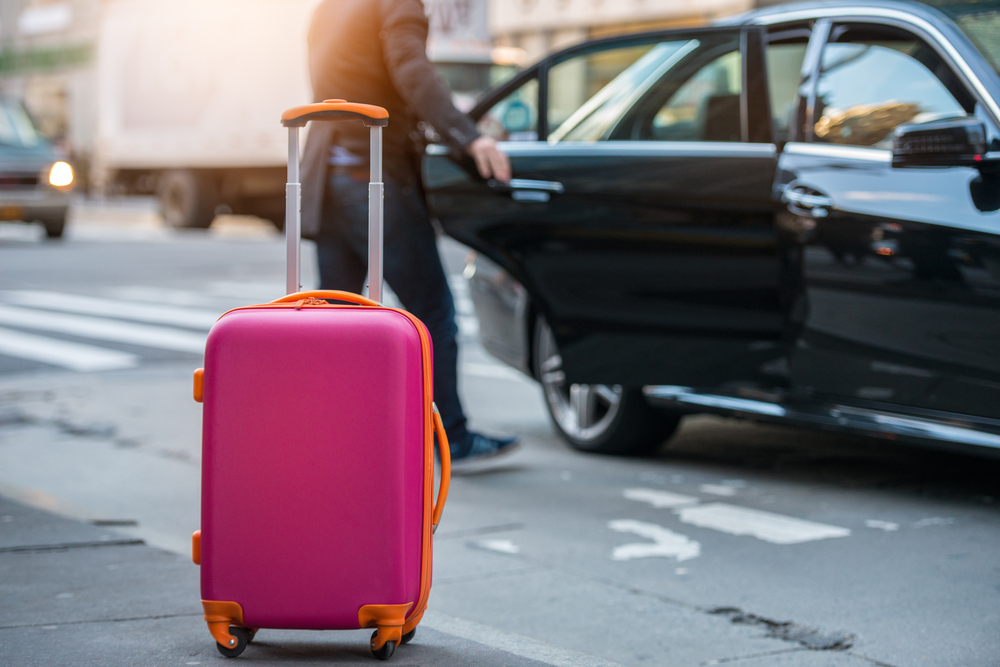 Avis' Curbside Delivery Service Offers Travelers Peace Of Mind
