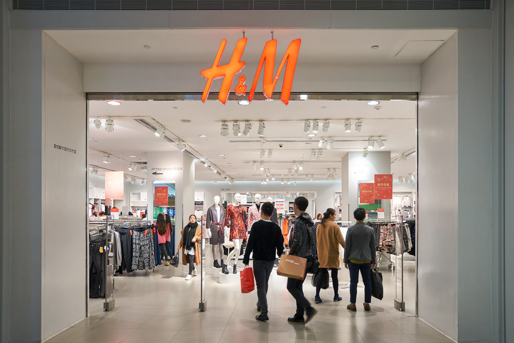 H&M Partnered With Tmall To Host See-Now, Buy-Now Fashion Show