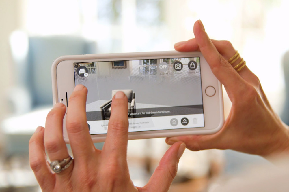 Williams-Sonoma Shoppers Can Visualize Furniture In Their Home In AR