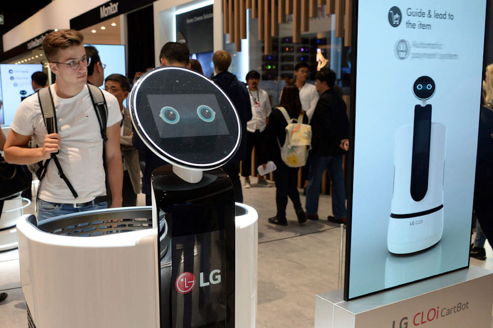 LG Self-Driving Carts Aim To Save Grocery Shoppers Time And Energy