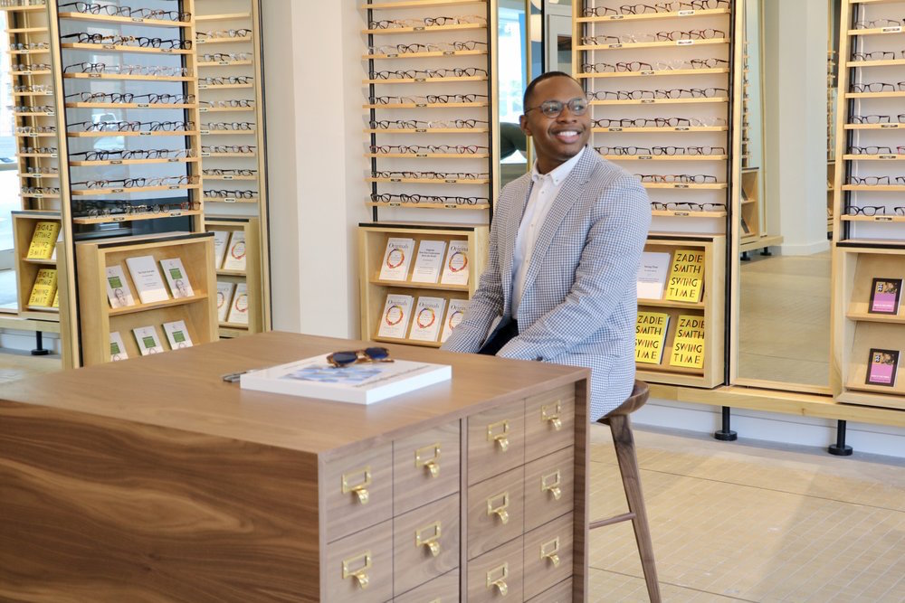 How Warby Parker Is Innovating Across The CX Cycle