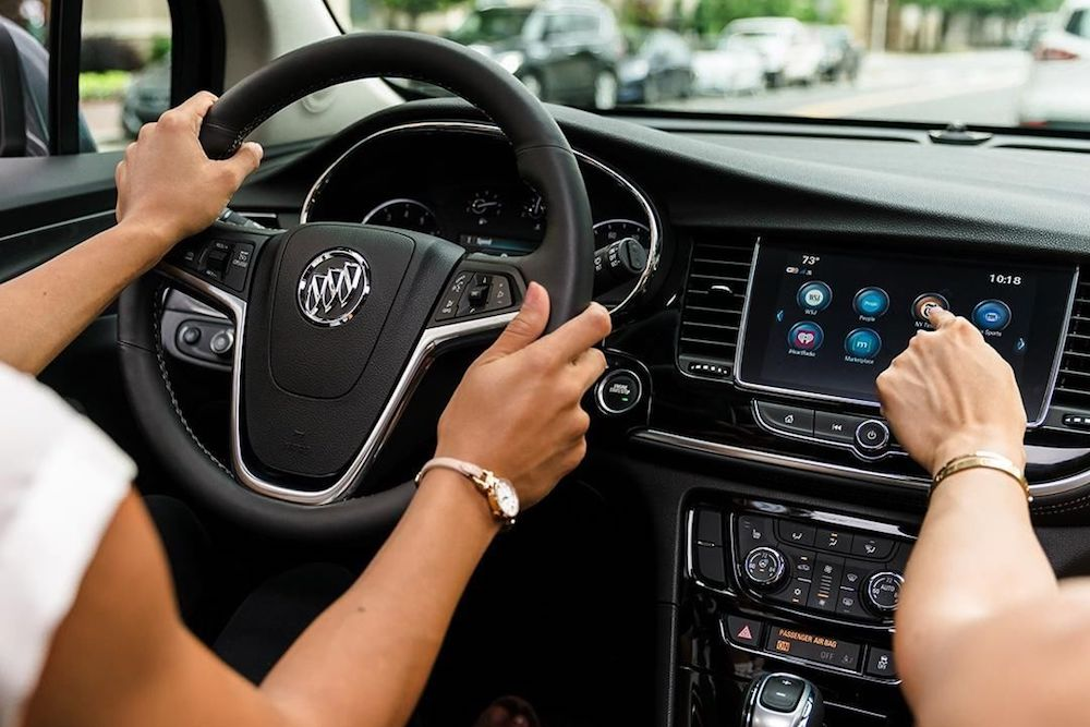 Buick Drivers Can Make Yelp Reservations Straight From Their Dashboard