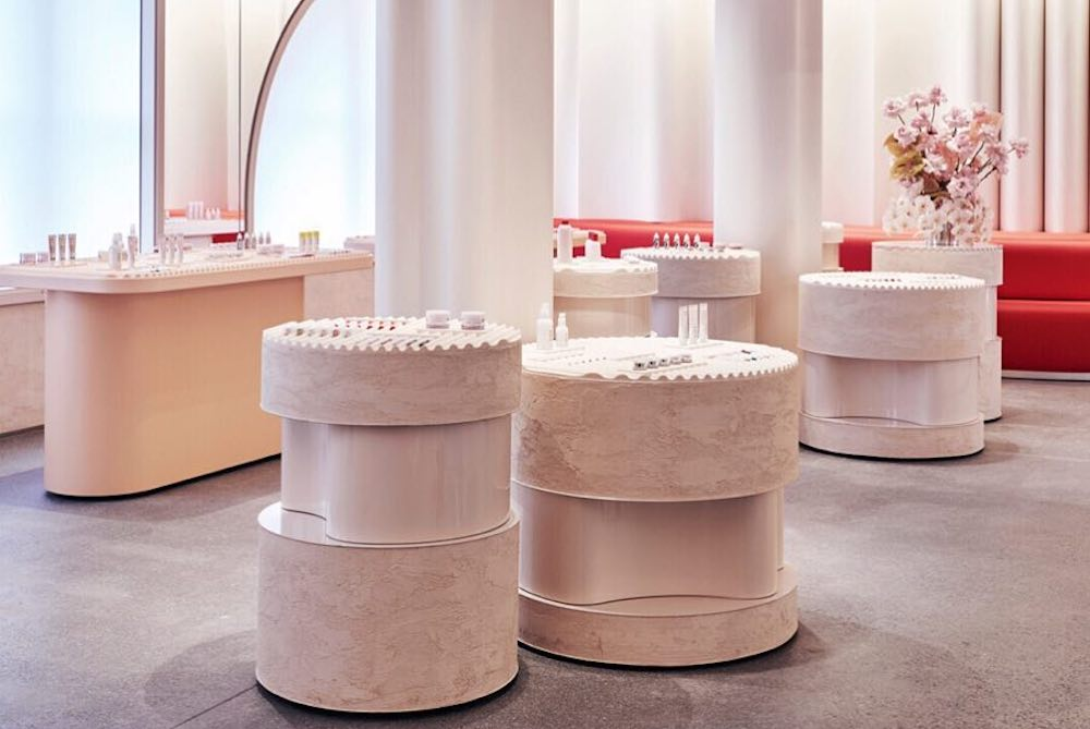 New York Shoppers Can Try Out Glossier's Products At Its Flagship Store
