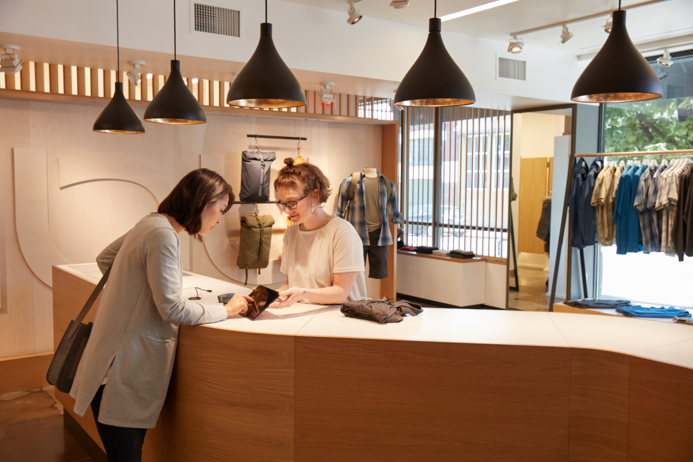Retail Trends Playbook Excerpt: Key Initiatives To Transform Data Into Exceptional Customer Experience