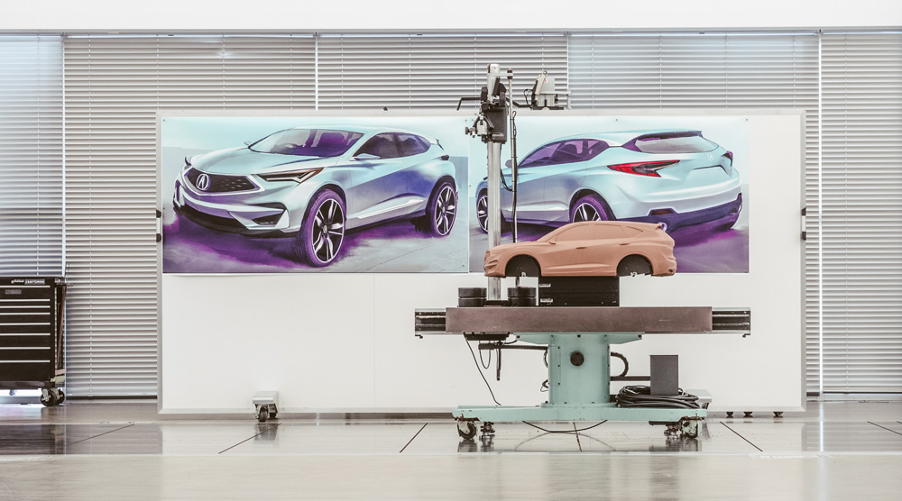 Acura-RDX-1_4-Scale-Clay.jpg