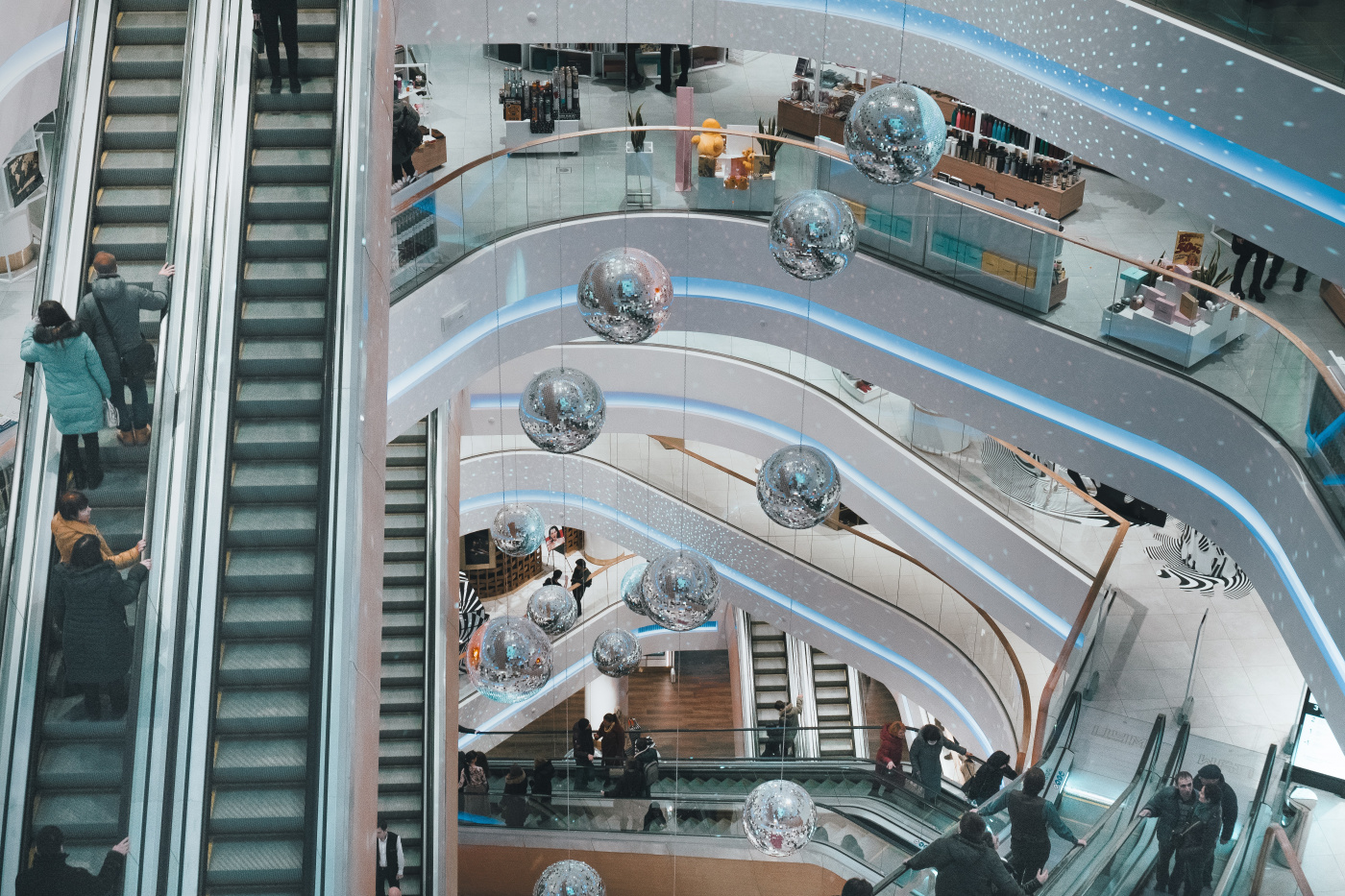 New Roles for the Physical Store in Retail's Next Generation